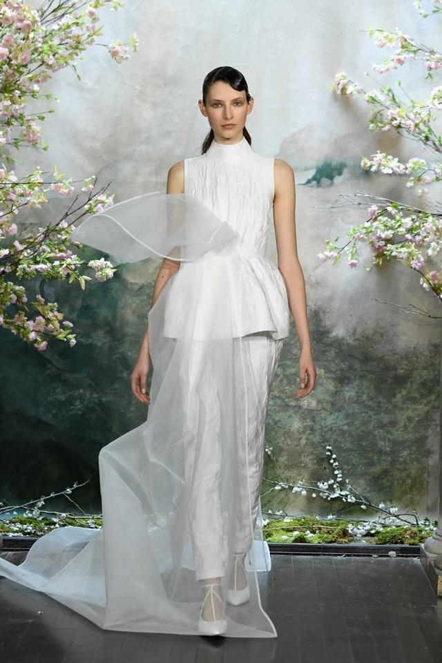 PHUONG MY với show diễn đầy cảm xúc tại New York Fashion Week Bridal - 2