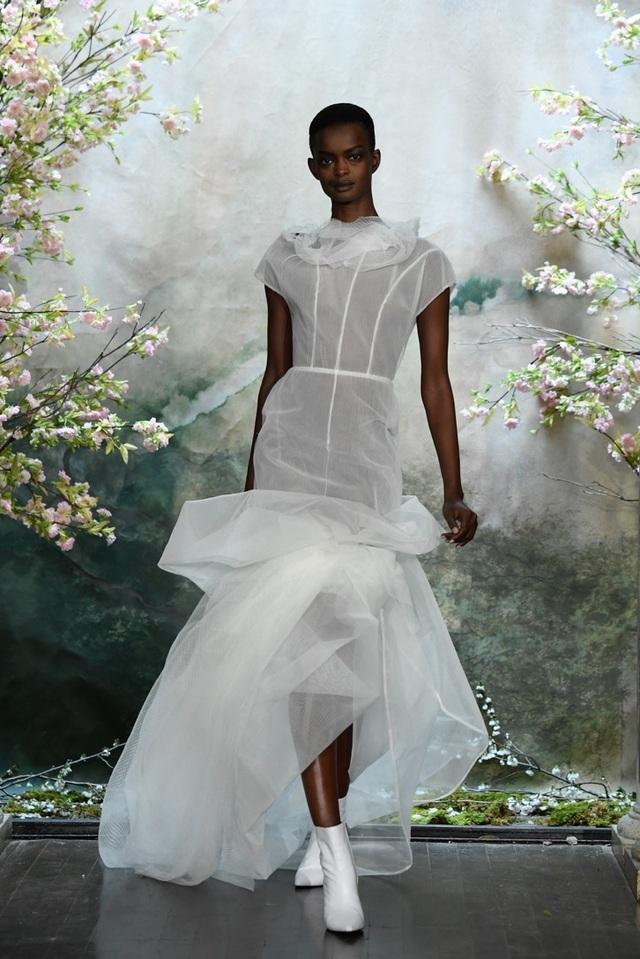 PHUONG MY với show diễn đầy cảm xúc tại New York Fashion Week Bridal - 3
