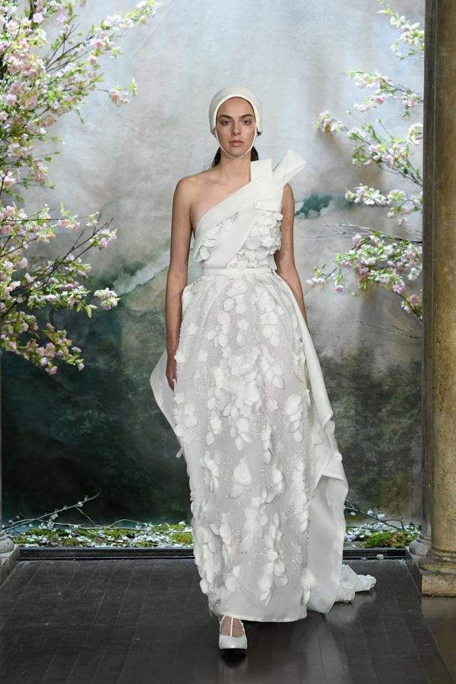 PHUONG MY với show diễn đầy cảm xúc tại New York Fashion Week Bridal - 8