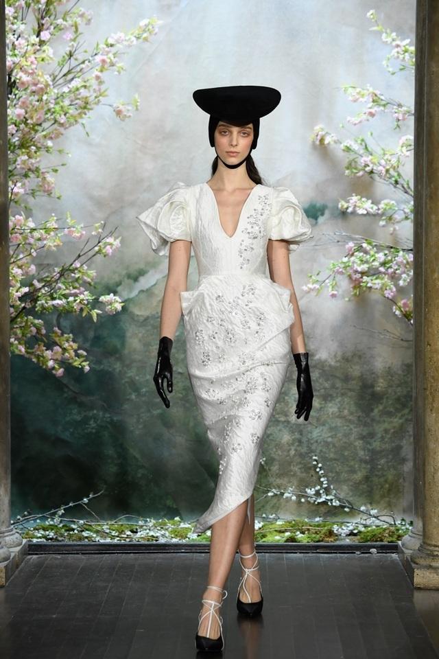 PHUONG MY với show diễn đầy cảm xúc tại New York Fashion Week Bridal - 12