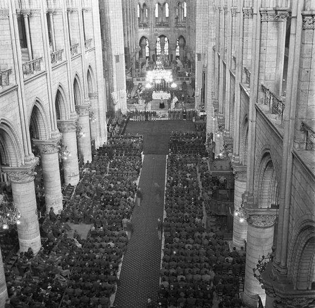 """Nhà thờ Đức Bà: Dấu ấn di sản gần 9 thế kỷ giữa """"trái tim"""" Paris - 2"""