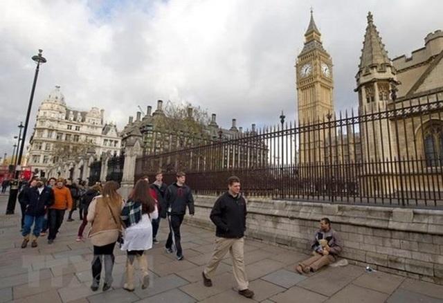 Tỷ lệ có việc làm ở Anh cao kỷ lục bất chấp bất ổn xung quanh Brexit - 1