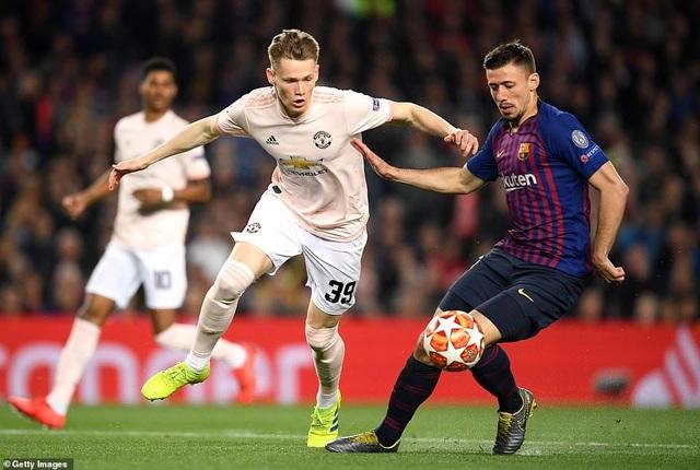 Những khoảnh khắc Messi khiến Man Utd tan vỡ giấc mơ Champions League - 15