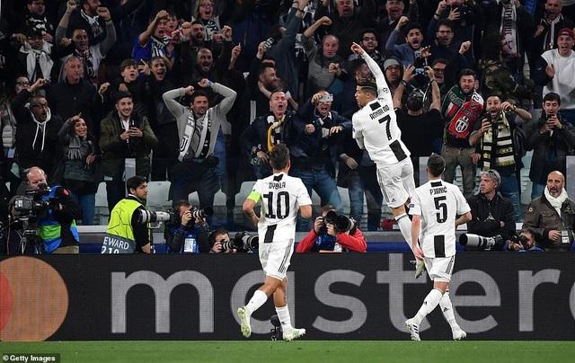 """Những khoảnh khắc Ajax """"đá văng"""" C.Ronaldo và Juventus khỏi Champions League - 4"""