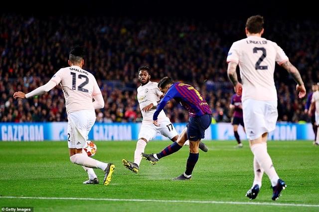 Những khoảnh khắc Messi khiến Man Utd tan vỡ giấc mơ Champions League - 10