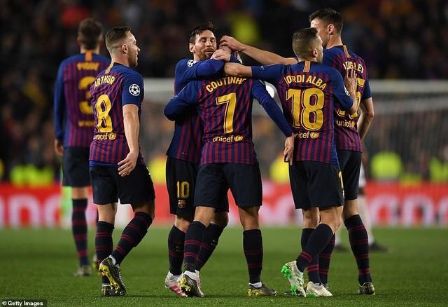 Những khoảnh khắc Messi khiến Man Utd tan vỡ giấc mơ Champions League - 11