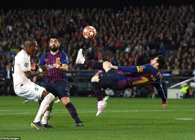 Những khoảnh khắc Messi khiến Man Utd tan vỡ giấc mơ Champions League - 9