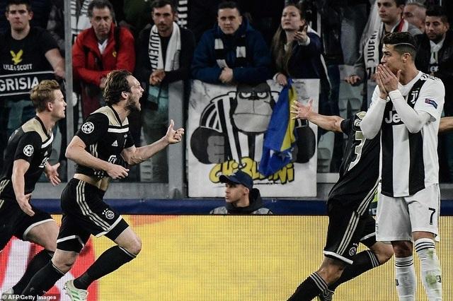 """Những khoảnh khắc Ajax """"đá văng"""" C.Ronaldo và Juventus khỏi Champions League - 9"""