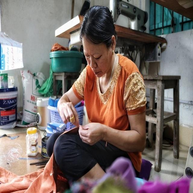 Hà Nội: Độc đáo nơi đàn ông sinh ra để làm nghề may vá - 3