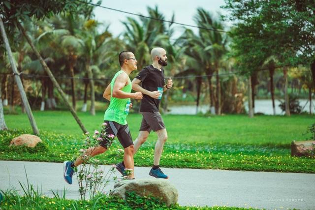 Cộng đồng runners ngất ngây với đường chạy xanh đẹp nhất miền Bắc - 5