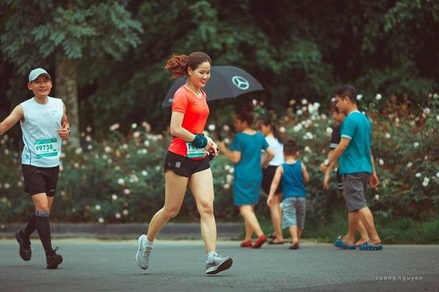 Cộng đồng runners ngất ngây với đường chạy xanh đẹp nhất miền Bắc - 7