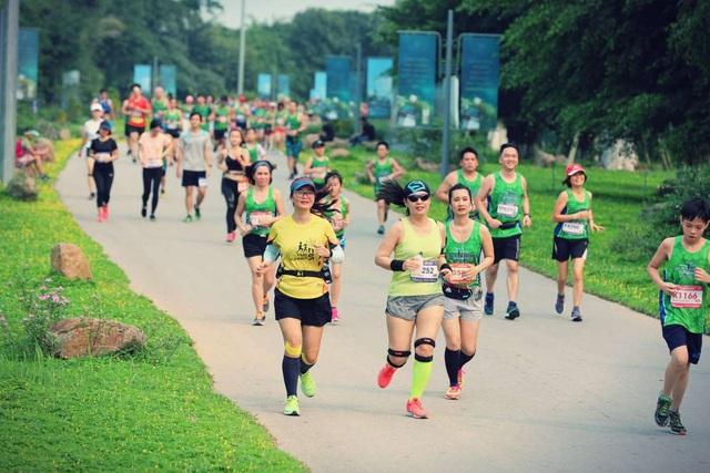 Cộng đồng runners ngất ngây với đường chạy xanh đẹp nhất miền Bắc - 9