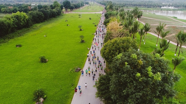 Cộng đồng runners ngất ngây với đường chạy xanh đẹp nhất miền Bắc - 10