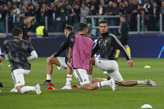 C.Ronaldo nổ súng, Juventus vẫn bị loại khỏi Champions League - 12