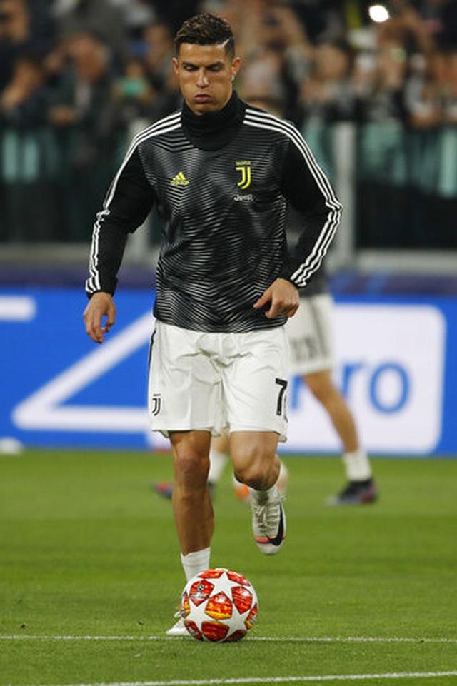 C.Ronaldo nổ súng, Juventus vẫn bị loại khỏi Champions League - 10