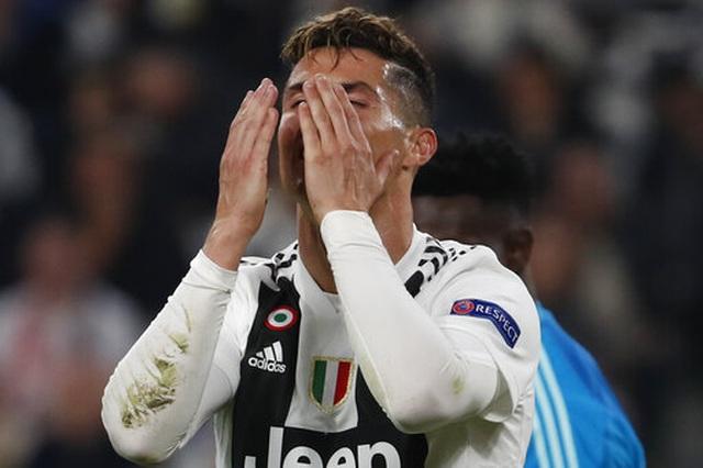 C.Ronaldo nổ súng, Juventus vẫn bị loại khỏi Champions League - 1