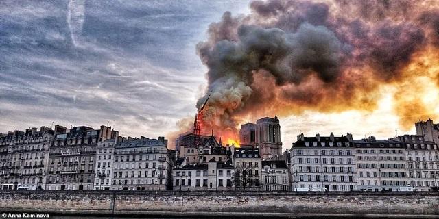 Vụ hỏa hoạn ở Nhà thờ Đức Bà Paris được báo động trước 23 phút - 2