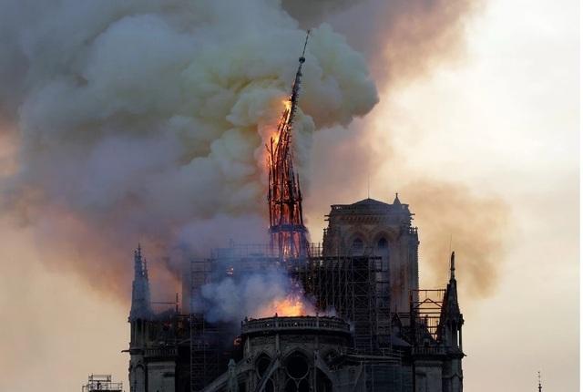 Cách mạng, Napoleon và bây giờ là lửa cháy: Nhà thờ Đức Bà – biểu tượng của Paris đã trải qua những gì? - 1