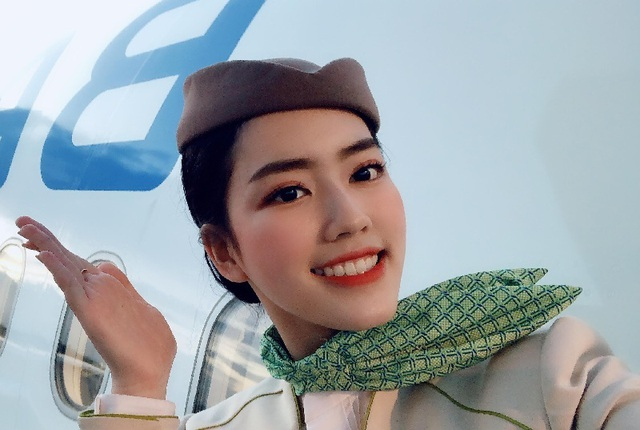 Nữ tiếp viên hàng không 9x khiến dân mạng xao xuyến vì quá xinh - 2