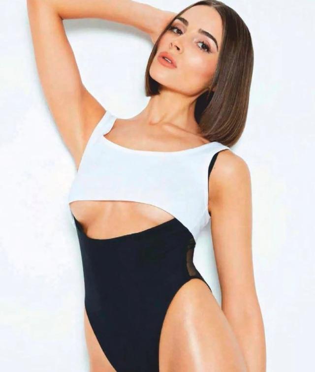 Olivia Culpo khoe dáng nuột nà - 4