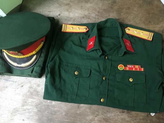 Giả danh sĩ quan quân đội lừa đảo chiếm đoạt tài sản - 2