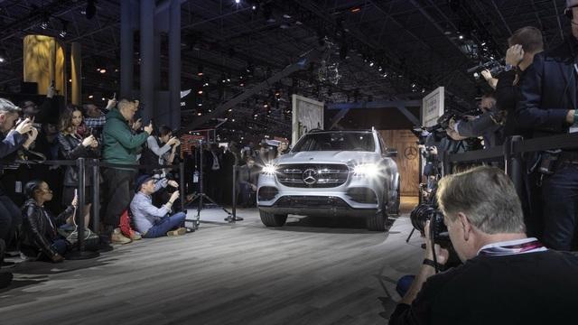 Mercedes-Benz GLS - Phiên bản SUV của S-Class - 1