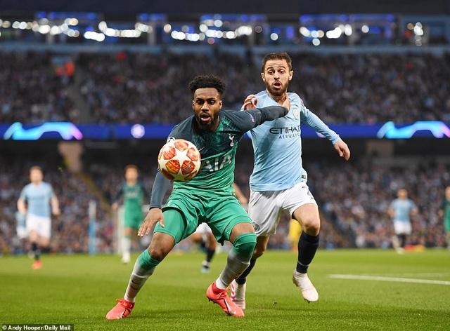 Man City 4-3 Tottenham: Cơn mưa bàn thắng - 4