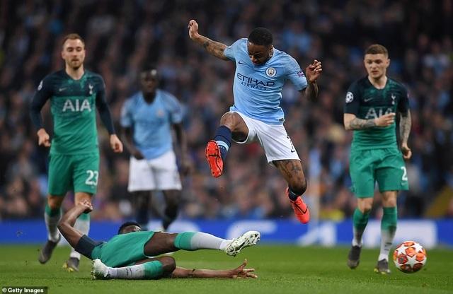 Man City 4-3 Tottenham: Cơn mưa bàn thắng - 5