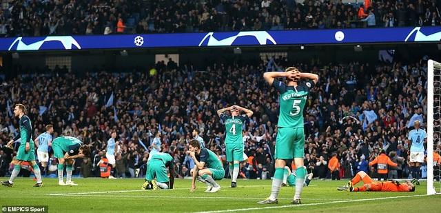 Man City 4-3 Tottenham: Cơn mưa bàn thắng - 2
