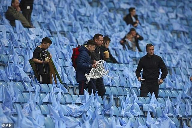 Man City 4-3 Tottenham: Cơn mưa bàn thắng - 19