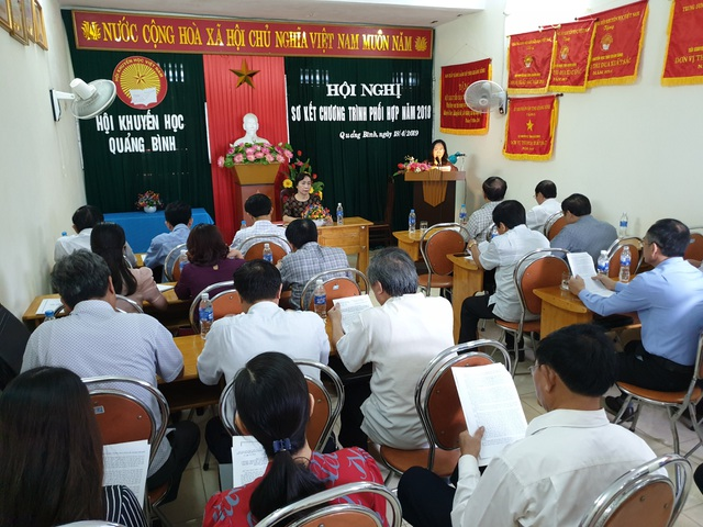 Hội Khuyến học Quảng Bình trao hơn 130 nghìn suất học bổng năm 2018 - 1