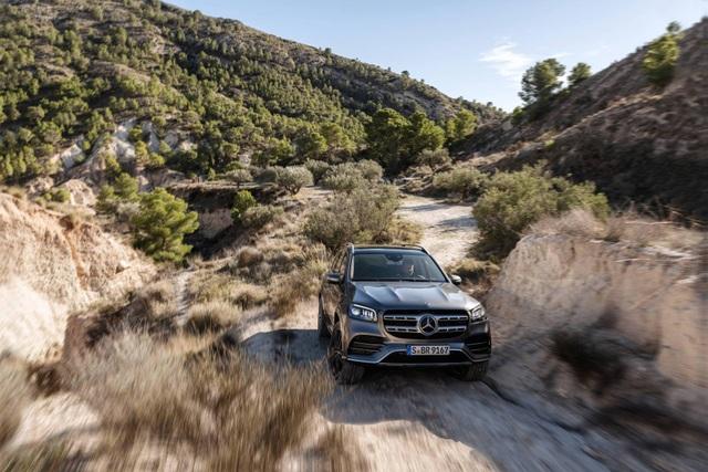 Mercedes-Benz GLS - Phiên bản SUV của S-Class - 6
