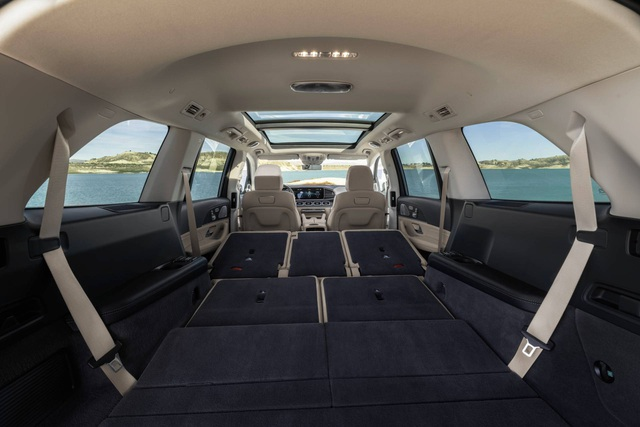 Mercedes-Benz GLS - Phiên bản SUV của S-Class - 2