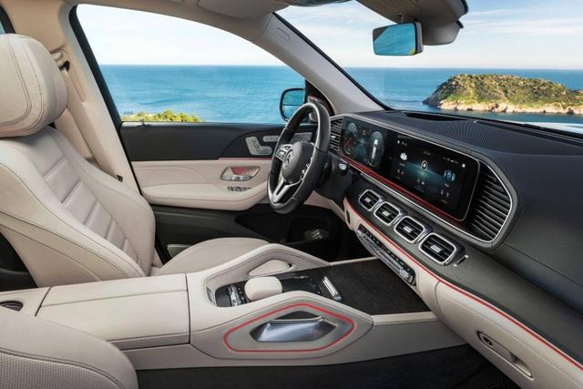 Mercedes-Benz GLS - Phiên bản SUV của S-Class - 22