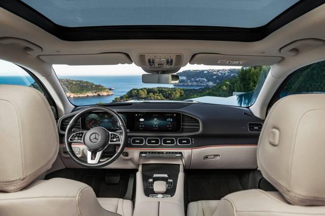 Mercedes-Benz GLS - Phiên bản SUV của S-Class - 21