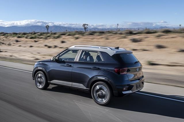Hyundai Venue chính thức gia nhập phân khúc crossover tí hon - 17