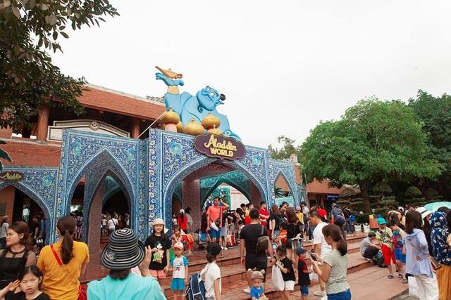 Lạc bước vào truyện cổ tích nghìn lẻ một đêm với Aladdin World dịp 30/4 - 1