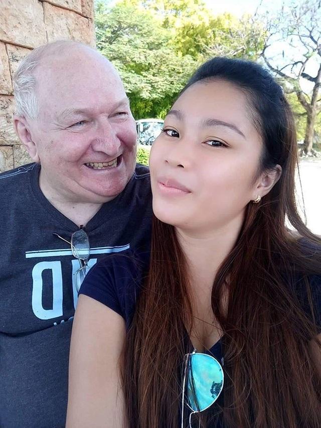 Chuyện tình ông lão 71 và cô gái kém 48 tuổi: Chúng tôi đang hạnh phúc - 2