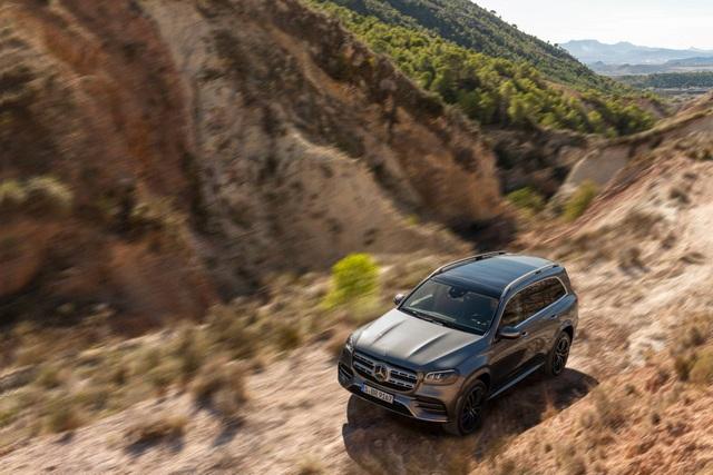 Mercedes-Benz GLS - Phiên bản SUV của S-Class - 8