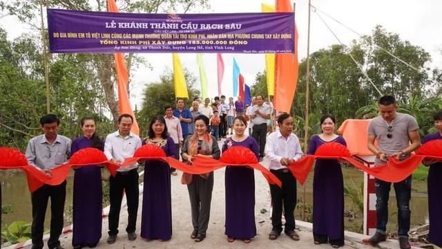 Khánh thành cây cầu dân sinh giúp người nghèo tại ấp Sơn Đông - 1