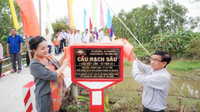 Khánh thành cây cầu dân sinh giúp người nghèo tại ấp Sơn Đông - 2