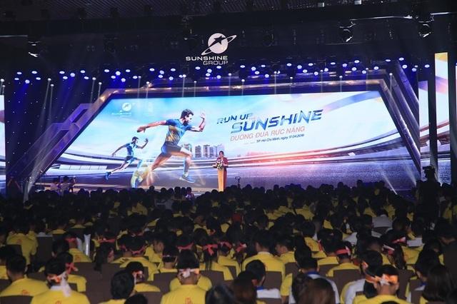 """Mãn nhãn cùng lễ  kick off """"Run Up The Sunshine"""" đến từ  Sunshine Group - 1"""