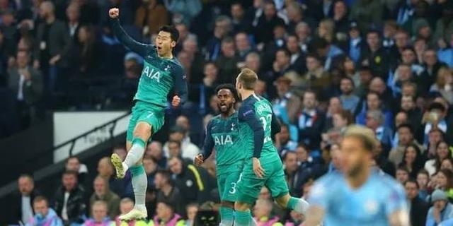 Cuộc đua kỳ lạ ở những vòng đấu cuối Premier League - 2
