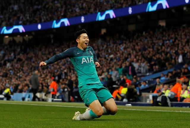 Nhìn lại cơn mưa bàn thắng ở trận đấu giữa Man City và Tottenham - 9