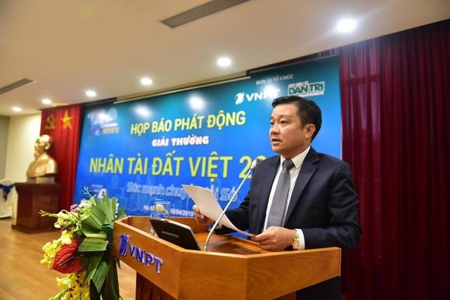 Khởi động Giải thưởng Nhân tài Đất Việt 2019: Sản phẩm đầu tiên được gửi từ Paris - 3