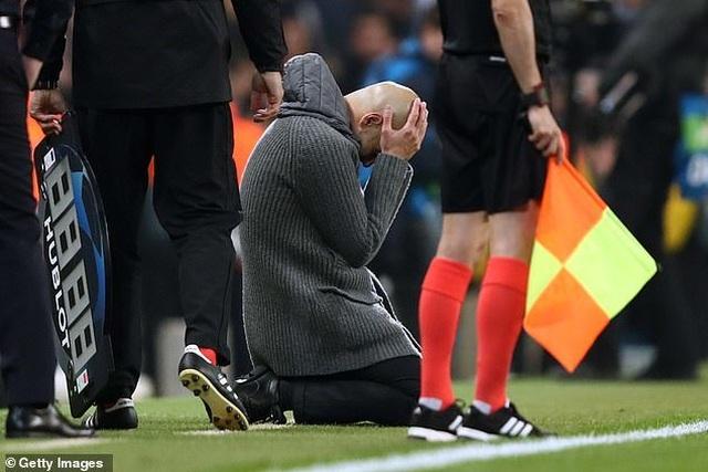 Man City bị loại bởi VAR, HLV Guardiola thất vọng cùng cực - 2