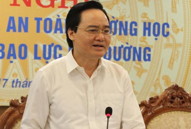 Bộ trưởng Phùng Xuân Nhạ: Giáo viên vi phạm đạo đức sẽ không cho đứng lớp - 1