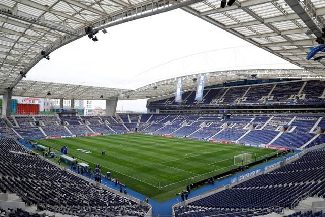 Những khoảnh khắc Liverpool vùi dập Porto ngay tại Dragao - 1