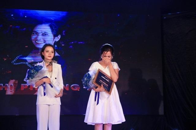 Nữ sinh trường Báo khéo ứng biến giành Quán quân cuộc thi dẫn chương trình - 3