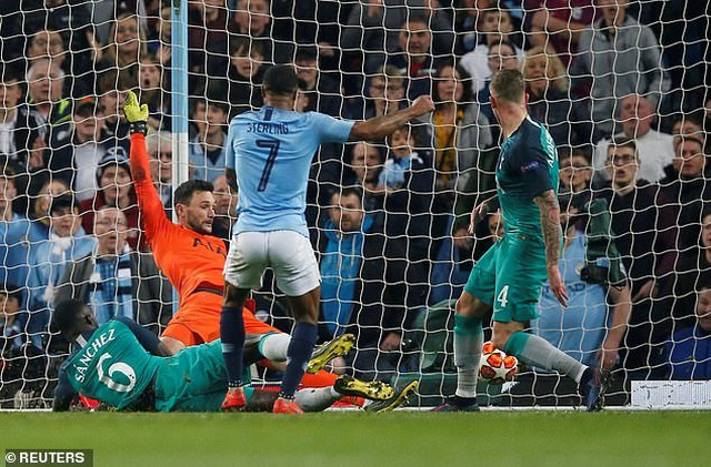 Man City bị loại bởi VAR, HLV Guardiola thất vọng cùng cực - 1